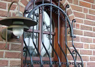 Луковичная решетка на маленькое окно под ковку 04.04.19