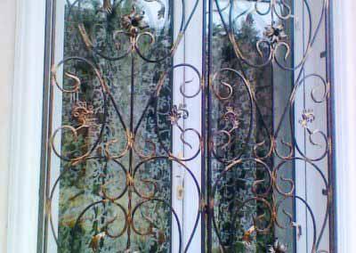 Решетки на окна для загородного дома от 15.1.19 (артикул151119)