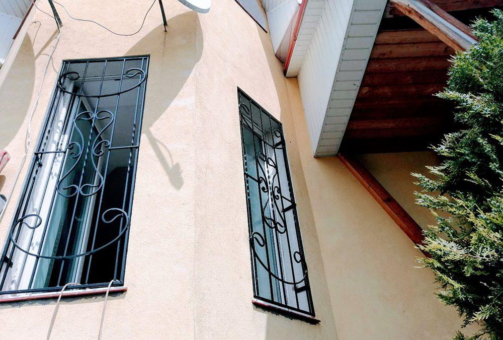 Решетки на окна для загородного дома от 02.06.20 (артикул 020620)