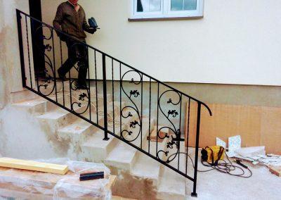 Изготовление металлических перил для лестниц от 21.07.20 (артикул 210720)