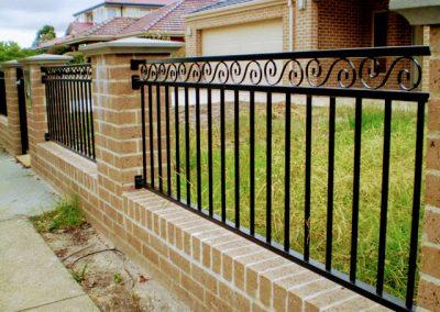 Металлический забор для загородного дома 29.07.20 (артикул 290720)