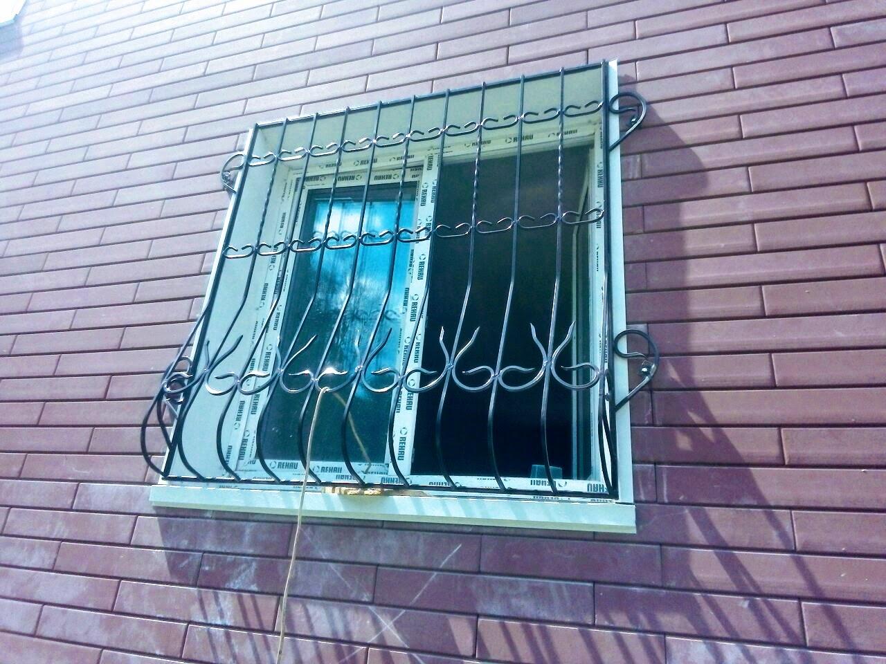 Выпуклая решетка на окно от 03.09.20