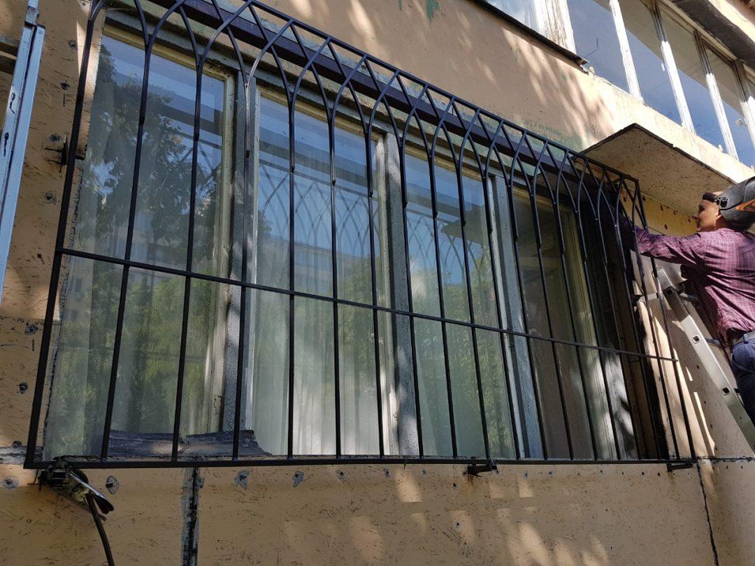 Современные виды решеток на окна - главная