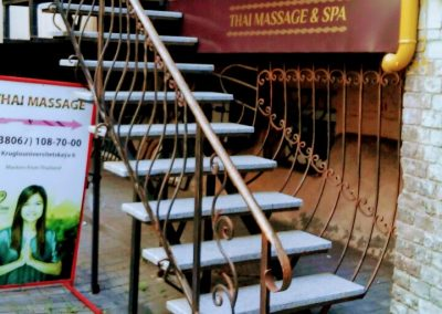 Изготовление лестниц для входа в магазин от 28.10.20 (артикул 281020)