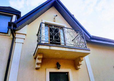 Французский балкон для частного дома от 24.04.19 (артикул 240419)