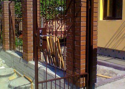 Решетчатый забор с калиткой