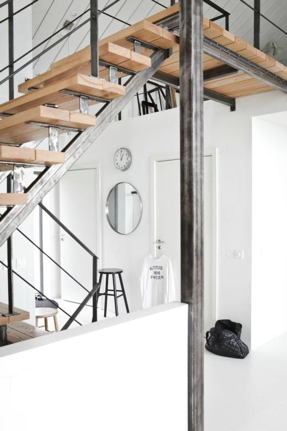 Лестница в стиле Loft